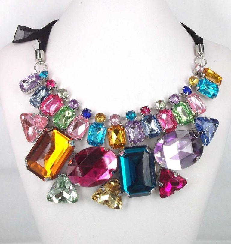 T2eC16RHJHIE9nyseHDCBQjp+LkNE60_59 25 Mysterious Rainbow Jewelry Designs
