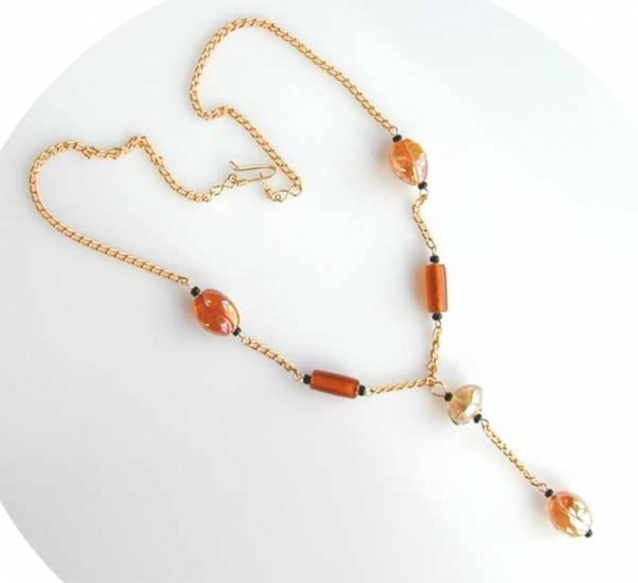 amberchain-lw Glass Beads for Creating Romantic & Fashionable Jewelry Pieces