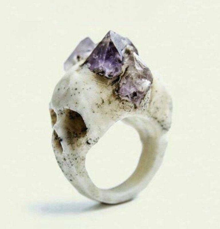 c9c444b131e4cbbc38b496dd6d955b5c Skull Jewelry for Both Men & Women