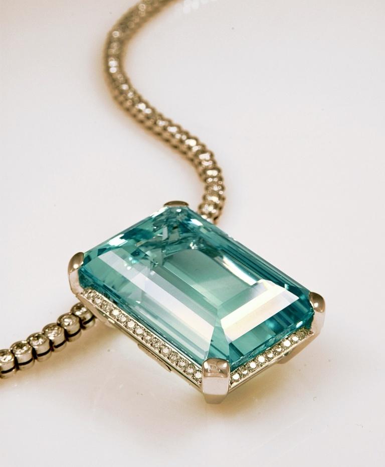 cc78565bddb9983e96cd6ba94bbea6d4 10 CRITICAL Differences between 10K, 14K, 18K & 24K Gold Jewelry?
