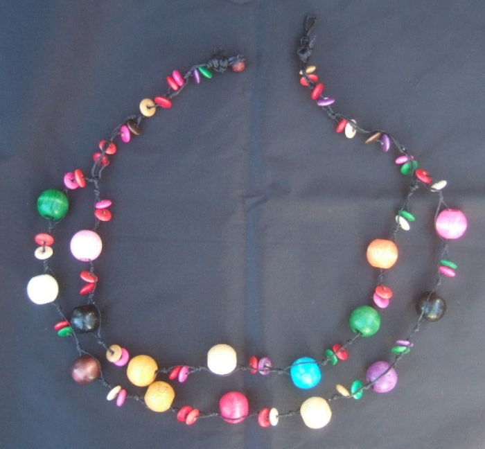 colourful-wooden-bead-necklace-4 Create Fascinating & Dazzling Jewelry Pieces Using Wooden Beads