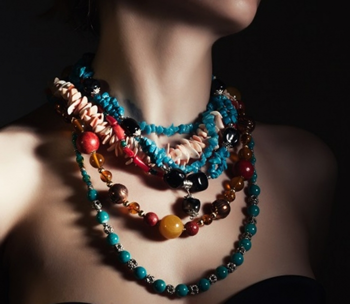 costume-jewelry Get a Royal & Fashionable Look with Costume Jewelry