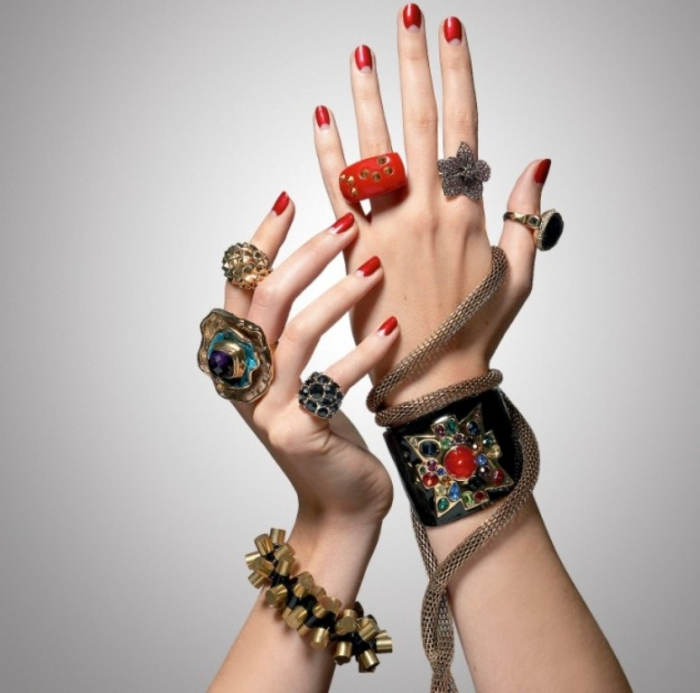 costume Get a Royal & Fashionable Look with Costume Jewelry
