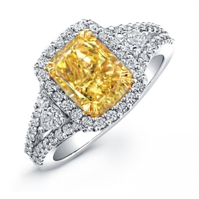 cushion_cut_engagement_rings_yellow_gold_18k_white_and_yellow_gold_cushion_cut_fancy_yellow_diamond Cushion Cut Engagement Rings for Beautifying Her Finger