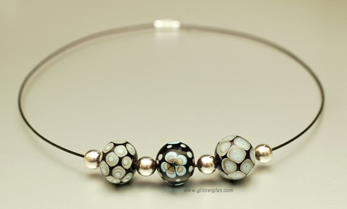 data.immoserver Glass Beads for Creating Romantic & Fashionable Jewelry Pieces
