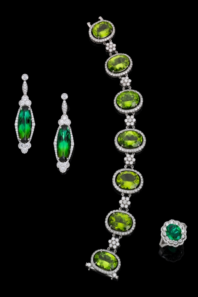emerland-and-peridot-jewelry Most Exclusive Peridot Jewelry that Shines Even at Night