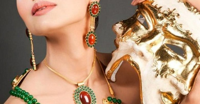 Photo of Get a Royal & Fashionable Look with Costume Jewelry