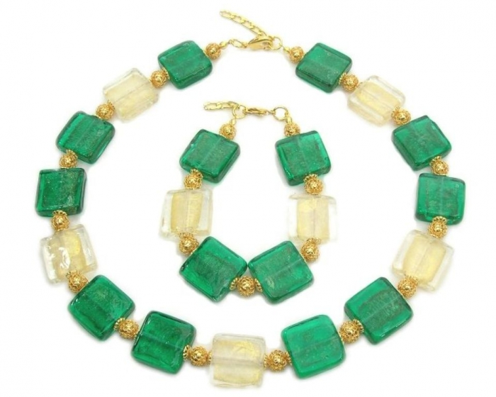 glass-necklace-bracelet-big-square-BS-001 Glass Beads for Creating Romantic & Fashionable Jewelry Pieces