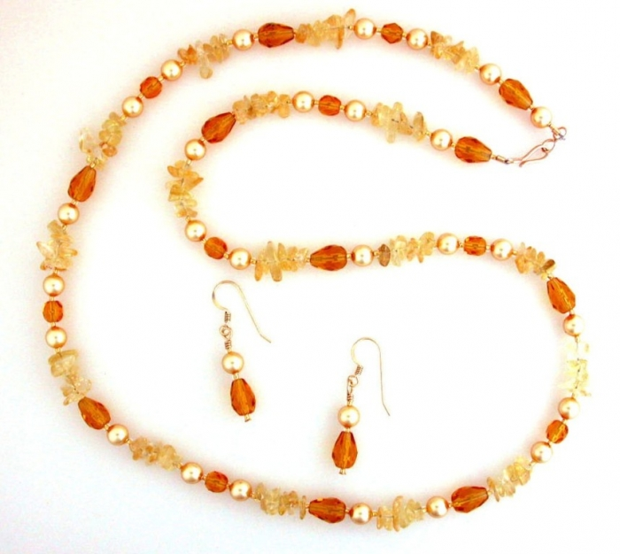 goldpearls Glass Beads for Creating Romantic & Fashionable Jewelry Pieces