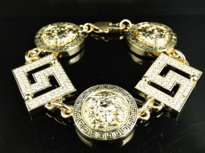 hip-hop-jewelry-design-3 Hip Hop Jewelry to Attract More Attention