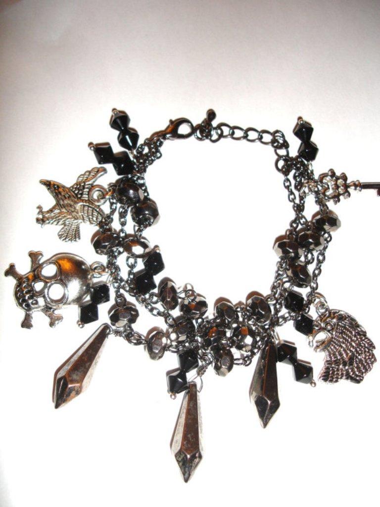 il_570xN.385396212_59xl Create Unique & Fashionable Jewelry Using Tibetan Silver Beads