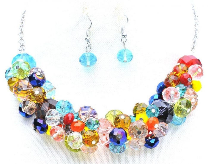 jewelry-rings-crystal-bauble-necklace-rainbow-shop-moddeals-1 25 Mysterious Rainbow Jewelry Designs