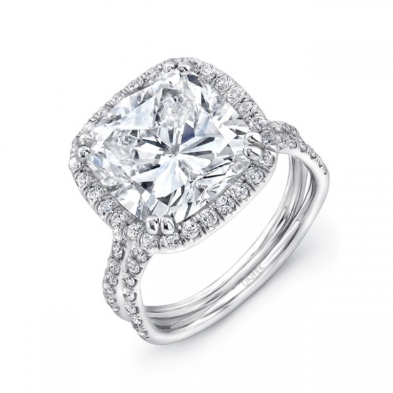 lvs828_three_qrtr Cushion Cut Engagement Rings for Beautifying Her Finger
