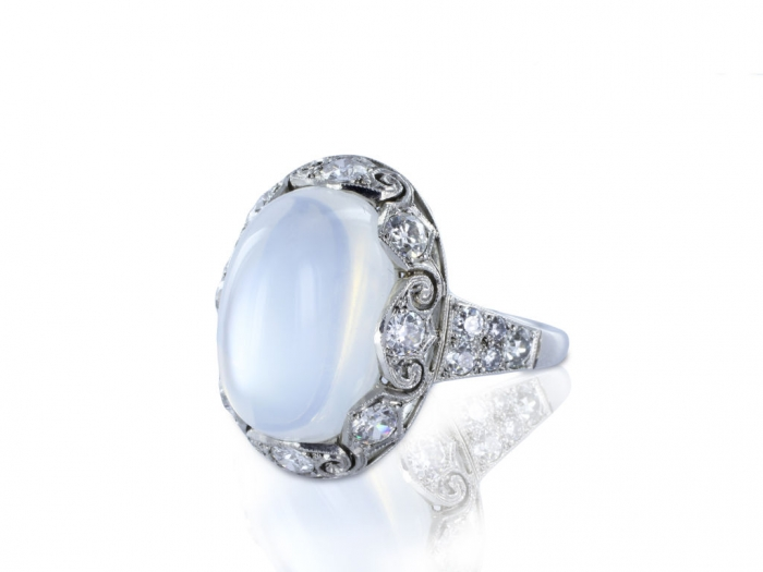 moonstone-engagement-rings-bczkimgs Moonstone Jewelry Offers You Fashionable Look & Healing properties