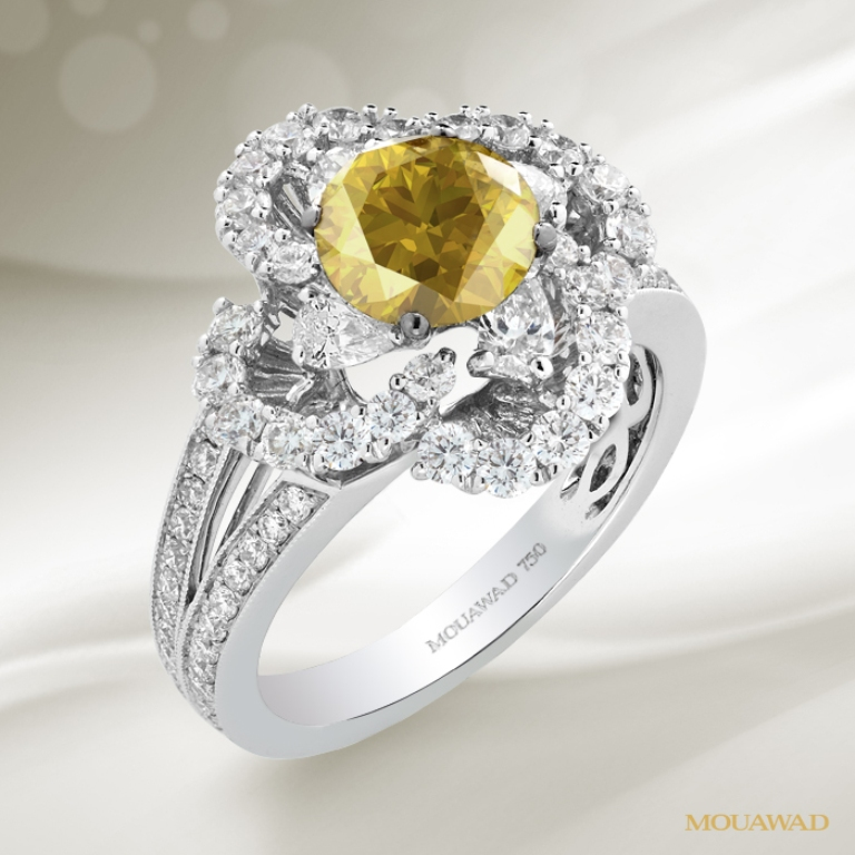 mouawad-diamond-yellow-ring-sep16 The Rarest Yellow Diamonds & Their Breathtaking Beauty