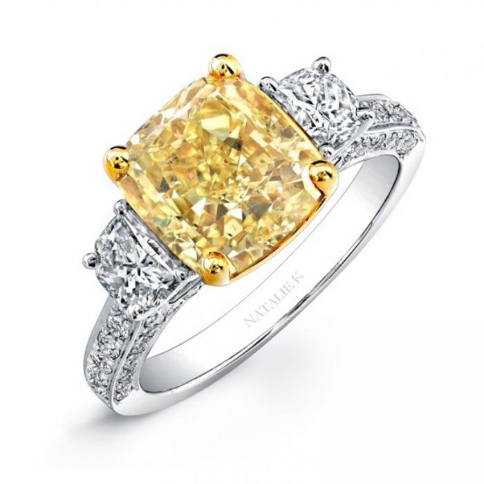 nk24370fy-wy_3 The Rarest Yellow Diamonds & Their Breathtaking Beauty