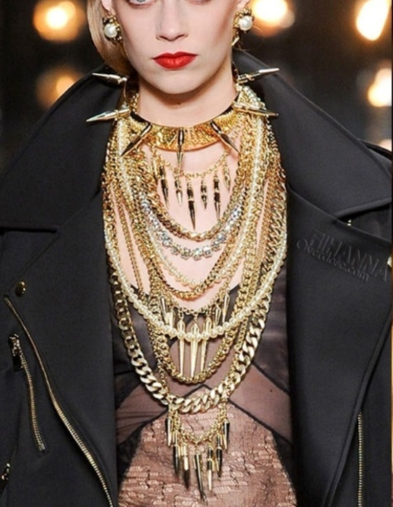 of2b1s 20+ Hottest Christmas Jewelry Trends 2020