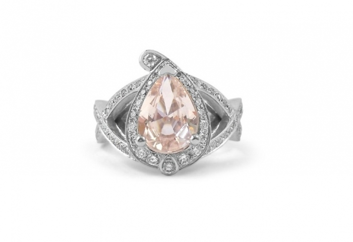 pear-shaped-engagement-rings How to Select the Best Engagement Ring