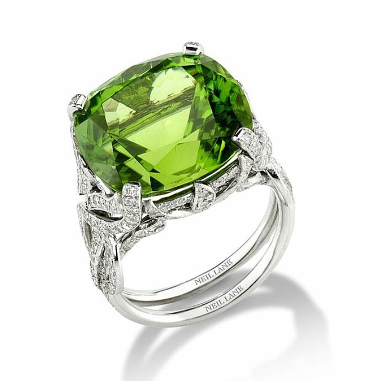 peridot-engagement-rings-Neil-Lane-35 Most Exclusive Peridot Jewelry that Shines Even at Night