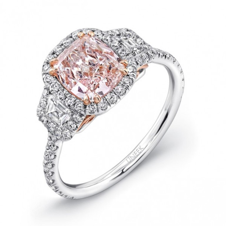 pink-diamond-engagement-rings-12 Most Famous Romantic & Unique Jewelry with Pink Diamonds