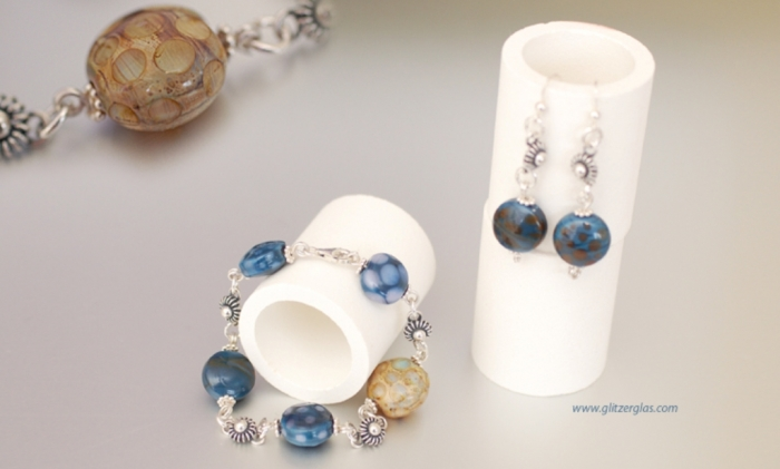 preview Glass Beads for Creating Romantic & Fashionable Jewelry Pieces