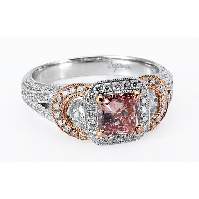 rose-gold-engagement-rings-pink-diamond-24 Most Famous Romantic & Unique Jewelry with Pink Diamonds