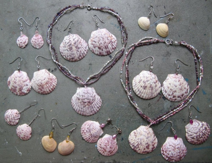 seashell_jewelry_by_acutecat-d5bfwkj Seashell Jewelry as a Natural Gift