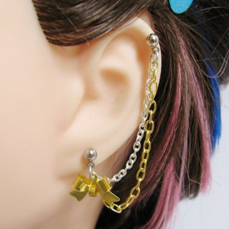 shiny_ribbon_bow_cartilage_chain_slave_earring_in_silver_and_gold_56364e63 Slave Earrings For Catchier Ears & Fashionable Styles ...
