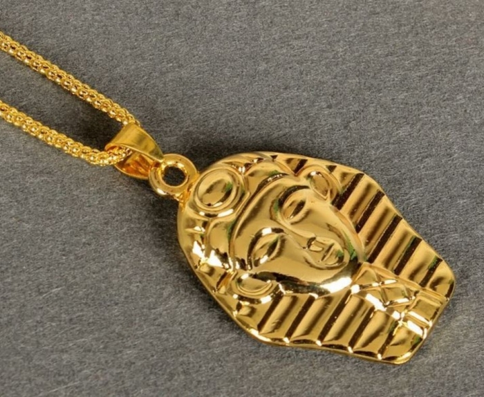 sw9022-collier-bling-bling-or-pharaon-01 Hip Hop Jewelry to Attract More Attention