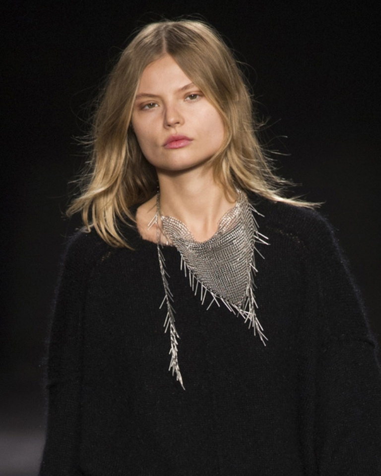 tendances_bijoux_fashion_week_automne_hiver_2014_2015_isabel_marant_780446878_north_545x.1 20+ Hottest Christmas Jewelry Trends 2019