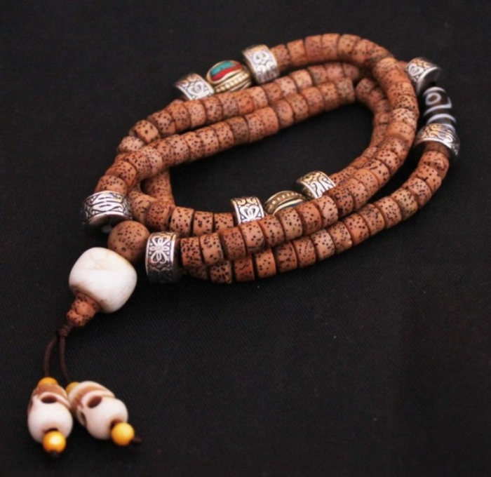 tm0311-tibetan-bodhi-seeds-108-beads-malas Create Unique & Fashionable Jewelry Using Tibetan Silver Beads
