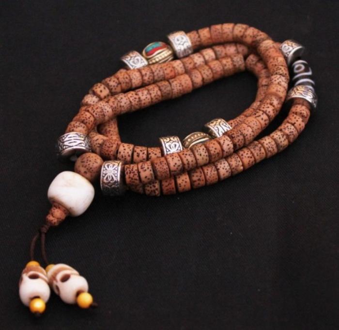 tm0311-tibetan-bodhi-seeds-108-beads-malas Create Unique & Fashionable Jewelry Using Tibetan Silver Beads