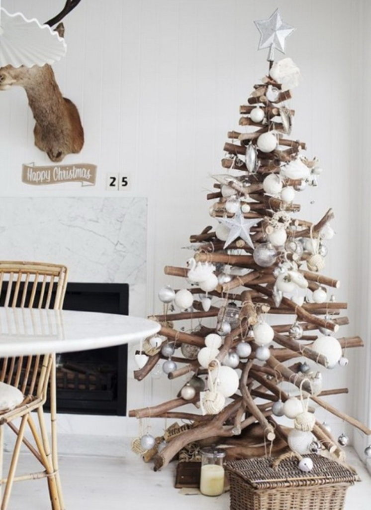 tree-wood 24 Latest & Hottest Christmas Trends for 2019