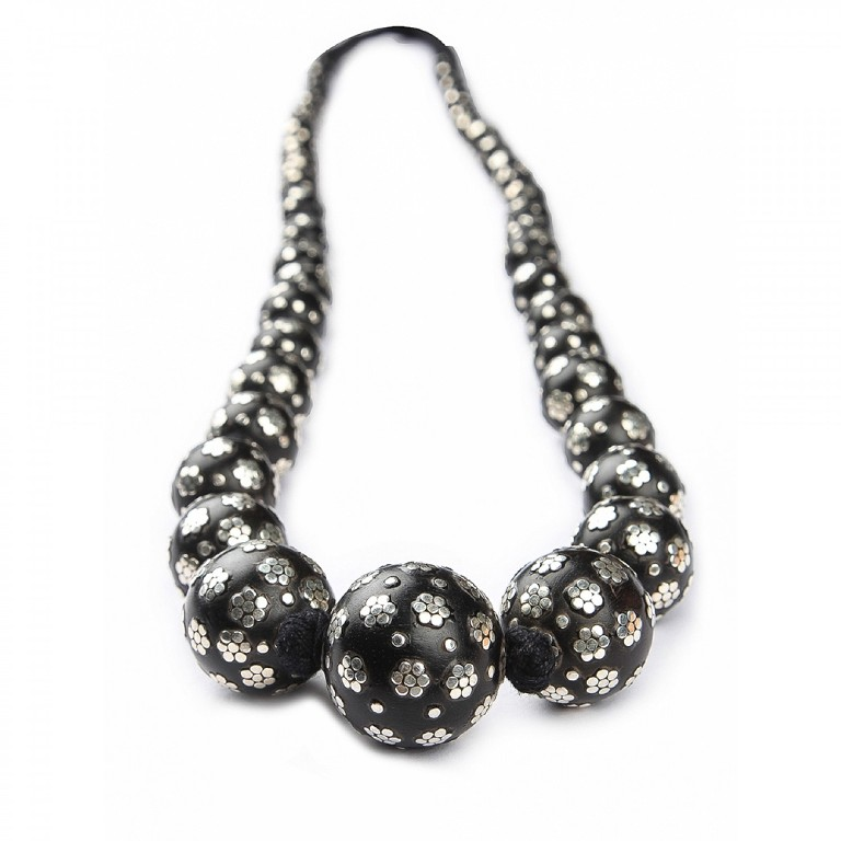 tribal_Jewellery_-108 Create Fascinating & Dazzling Jewelry Pieces Using Wooden Beads