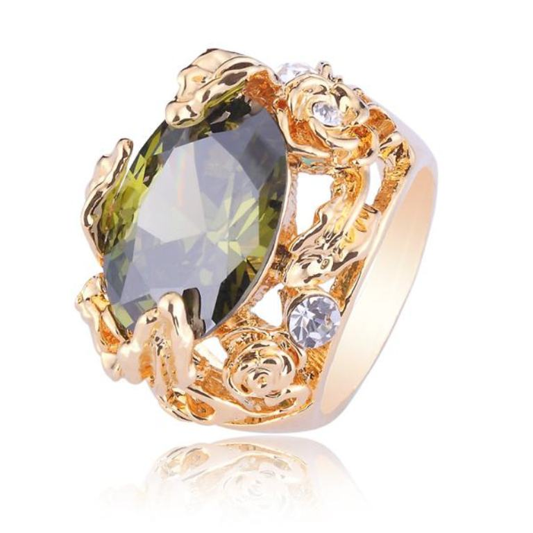 vintage-costume-jewelry-rings Get a Royal & Fashionable Look with Costume Jewelry