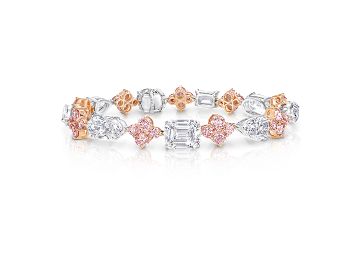 white__pink_diamond_bracelet_graff_pink_diamond_graff_diamonds Most Famous Romantic & Unique Jewelry with Pink Diamonds