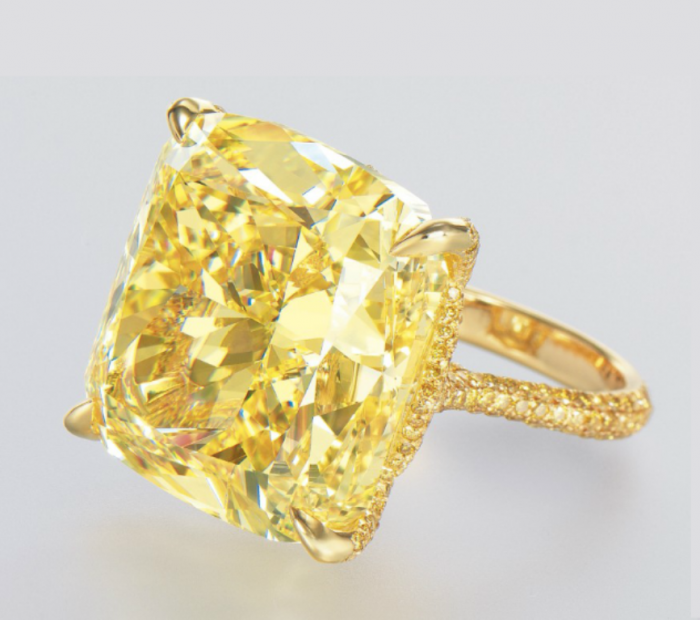 yellow-colored-diamond-ring The Rarest Yellow Diamonds & Their Breathtaking Beauty