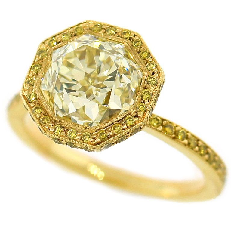 yellow-diamond-engagement-ring-8 The Rarest Yellow Diamonds & Their Breathtaking Beauty