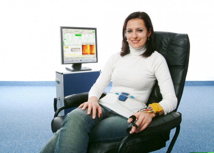Biofeedback-2klein How Can I Ease Pain without Medicines?