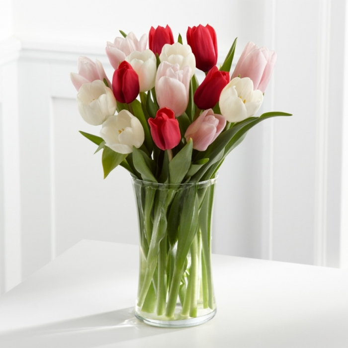 WGTULRWP How to Increase the Beauty of White Tulip Flowers