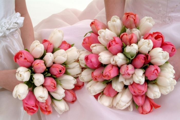 Wedding-Bouquet-with-pink-and-white-Tulips How to Increase the Beauty of White Tulip Flowers