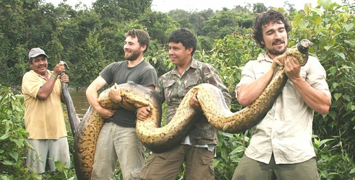 anaconda-hombres Unbelievable Facts You Don't Know about Anaconda