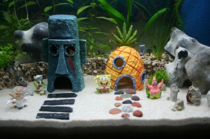fish-tank-ornaments-ebay-uk How to Decorate Your Boring Fish Tank