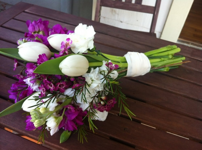 purple-and-white-tulip-bouquet How to Increase the Beauty of White Tulip Flowers