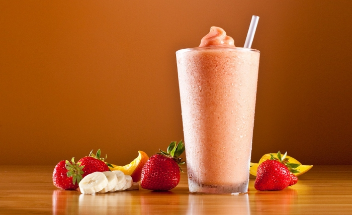 strawberry-banana-smoothie How to Gain Weight Fast, Easily & Healthily