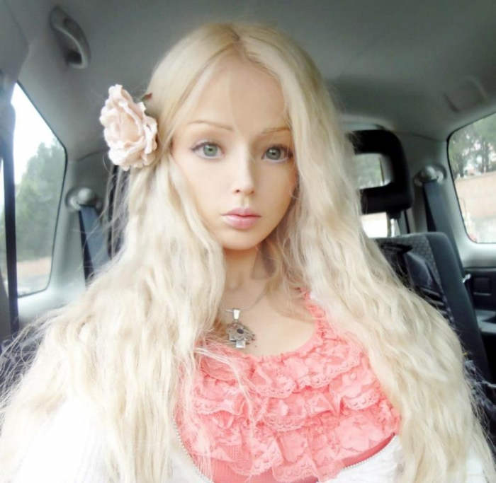 valeria-lukyanova-human-barbie-38 18 Newest & Youngest Barbie Girls in The World