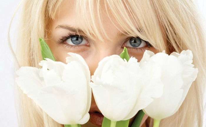 with-white-tulips-320341 How to Increase the Beauty of White Tulip Flowers