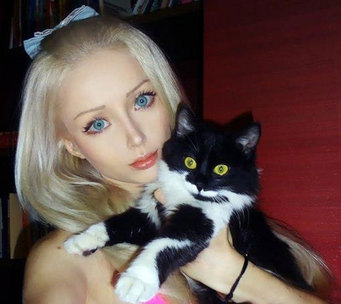 wpid-valeria-lukyanova-cat 18 Newest & Youngest Barbie Girls in The World