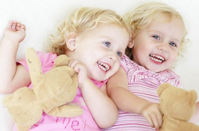 صور-Twins-Babies-Wallpapers How Can I Increase My Chances of Having Twins?