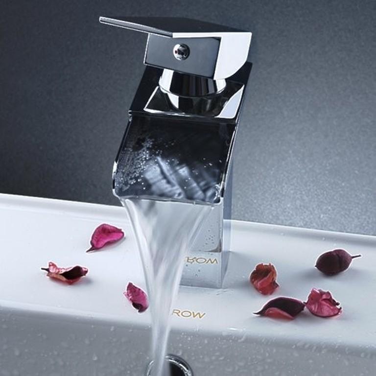 35-Astonishing-Awesome-Bathroom-Faucet-Designs-2015-17 52+ Astonishing & Awesome Bathroom Faucet Designs 2021